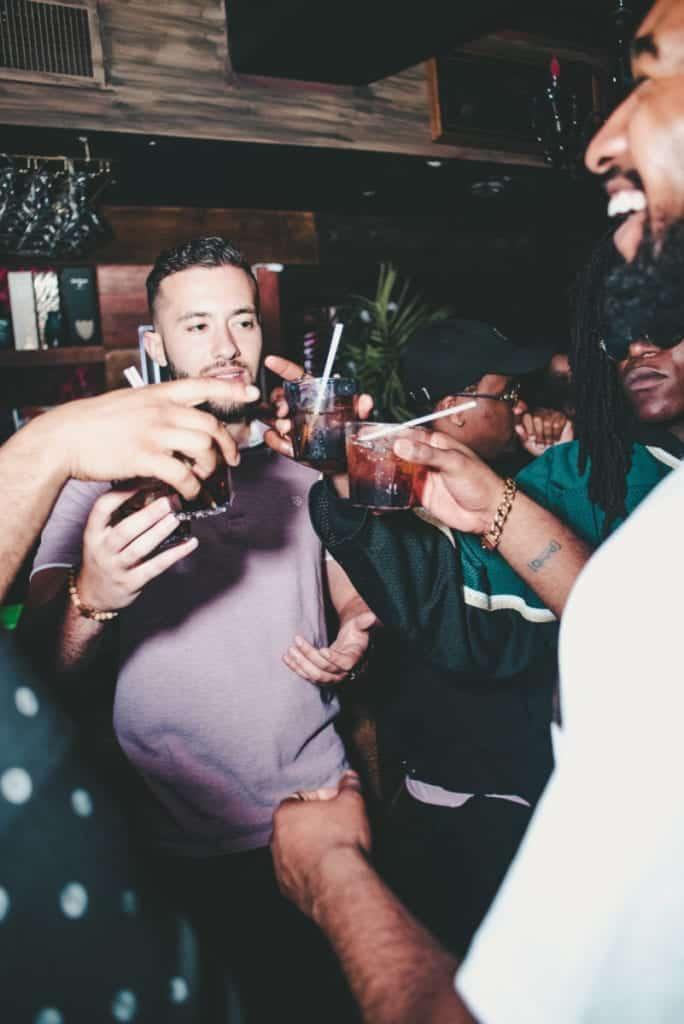 Dudefluencer: Party
