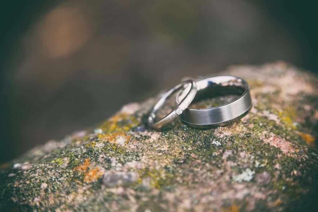 Dudefluencer: Wedding Bands