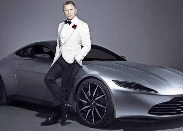 Dudefluencer: James Bond White Tux