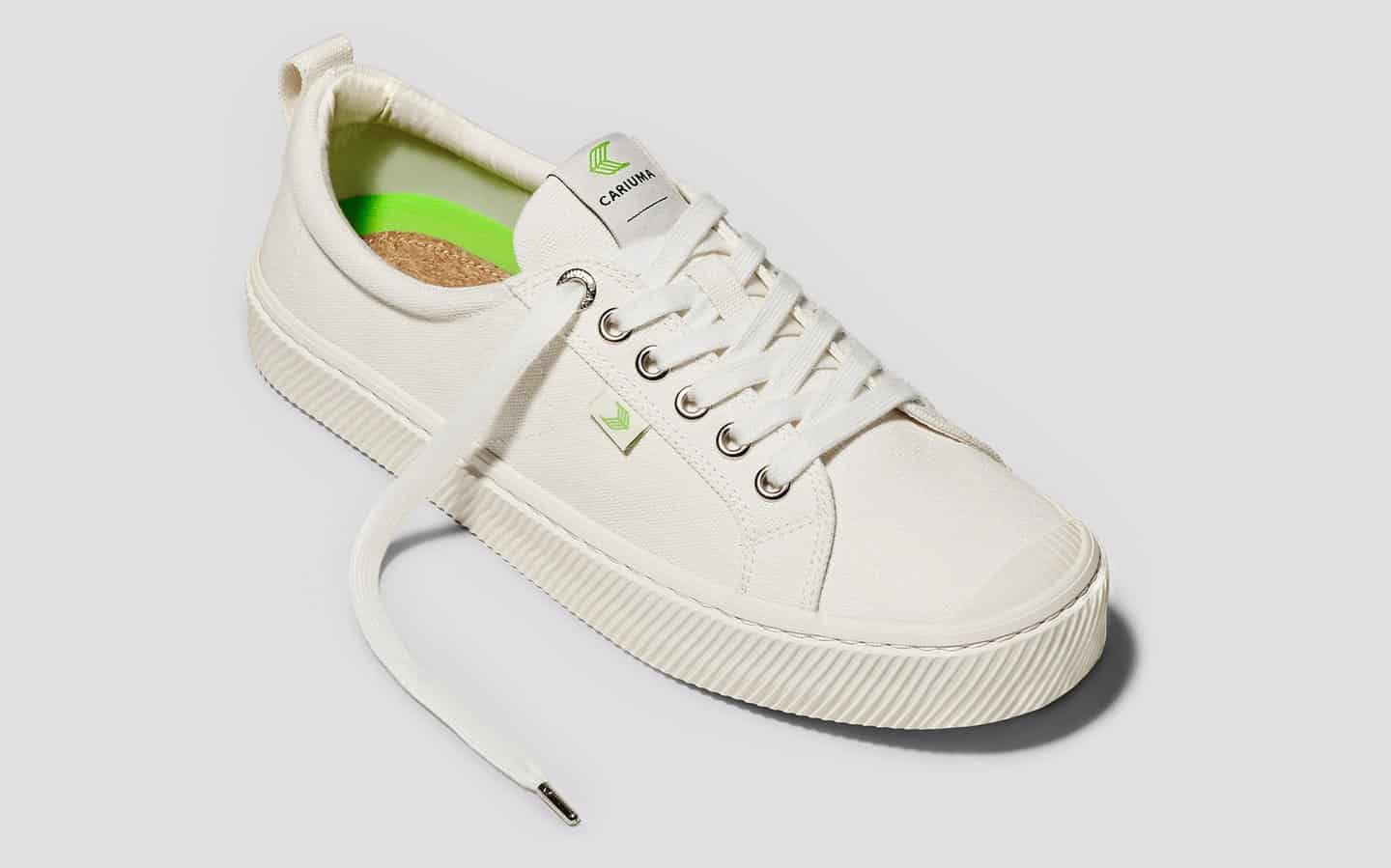 oca-low-off-white-canvas-sneaker.feature-1_1440x